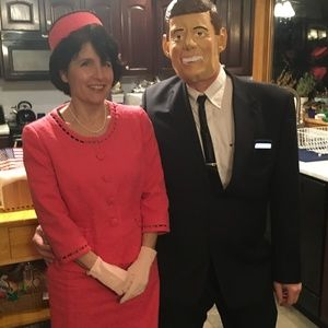 Pink Suit & Pillbox Hat Jackie Kennedy Costume 10P